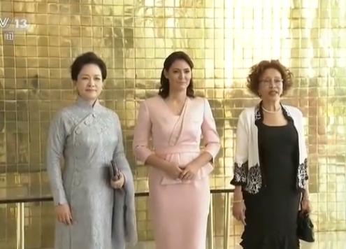 Peng Lijuen posetila predsedničku palatu Brazila_fororder_peng.PNG